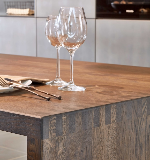 Holzwerk – le travail traditionnel du bois et dans l'air du temps