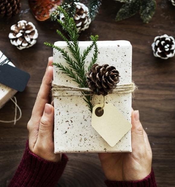 Risveglio dei sensi e del senso sotto l'albero di Natale