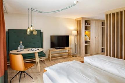 csm_Hotel-Hirschen-Wildhaus-Zimmer-Deluxe-215_aeb2f563c4_zugeschnitten